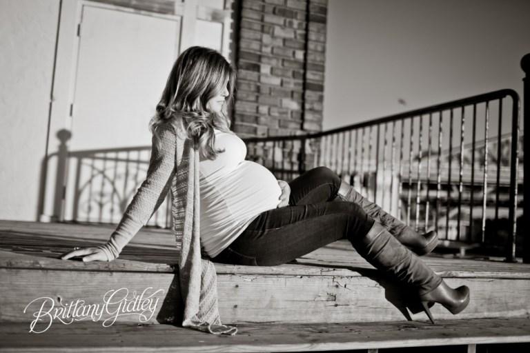 Brittany Gidley Photography LLC | Maternity Posing Inspiration | Posing | Pregnancy
