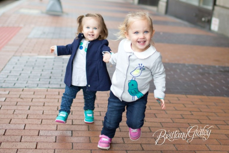 Downtown Family | Cleveland Ohio | Sisters | Downtown Cleveland | Ohio | Brittany Gidley Photography LLC