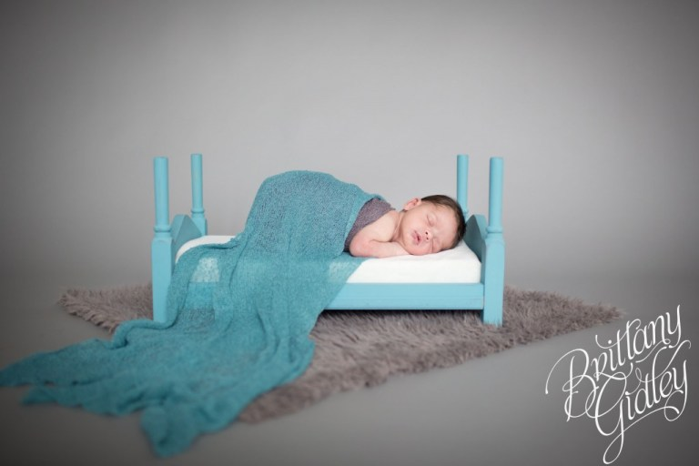 Newborn Baby Boy | Gray | Baby Boy | Cleveland Ohio | 44114 | Start With The Best | Brittany Gidley Photography LLC