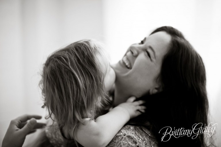 Holiday Pictures | Homecoming | Love | Mother and Daughter | Brittany Gidley Photography LLC