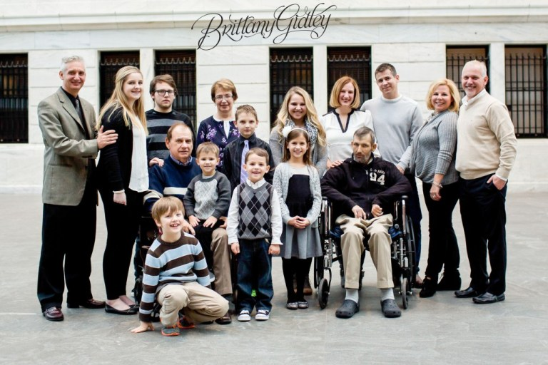 Extended Family Pictures | Cleveland Ohio | Brittany Gidley Photography LLC
