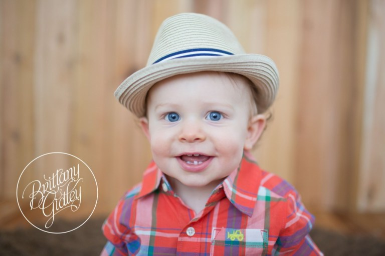 First Year Portraits | One Year Old | First Birthday | 12 Months | Start With The Best | Brittany Gidley Photography LLC