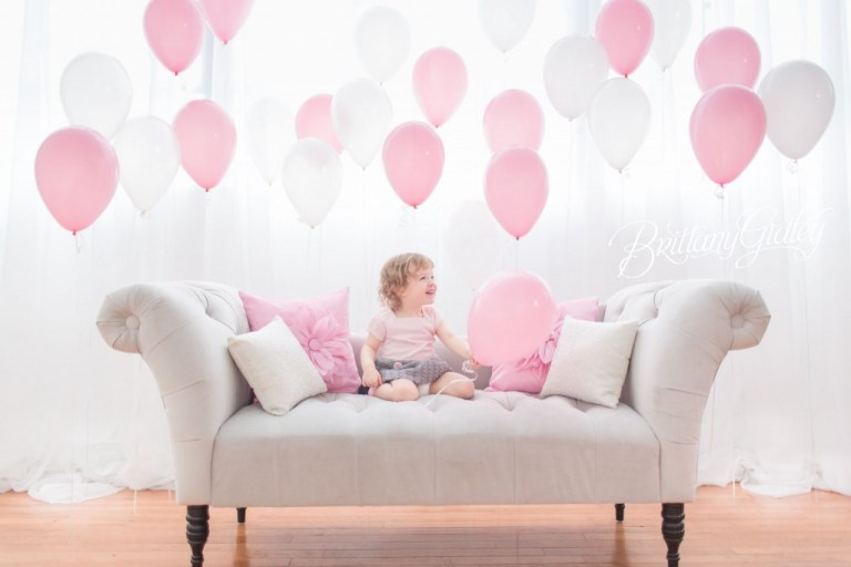 Cleveland Photographer | Toddler | Photography | Cleveland | Start With The Best | Balloons