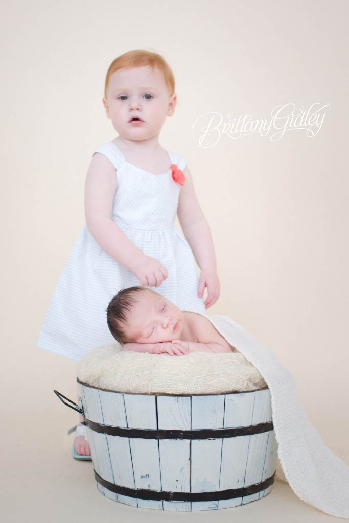 Siblings | Newborn Baby | Ohio Newborn Baby | Photography | Baby Boy