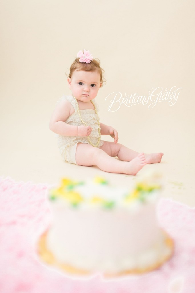 12 Month Old Baby | Baby Photographer | Best Baby Photographer | Infant Photography | Studio | Natural Light | Portrait Photography