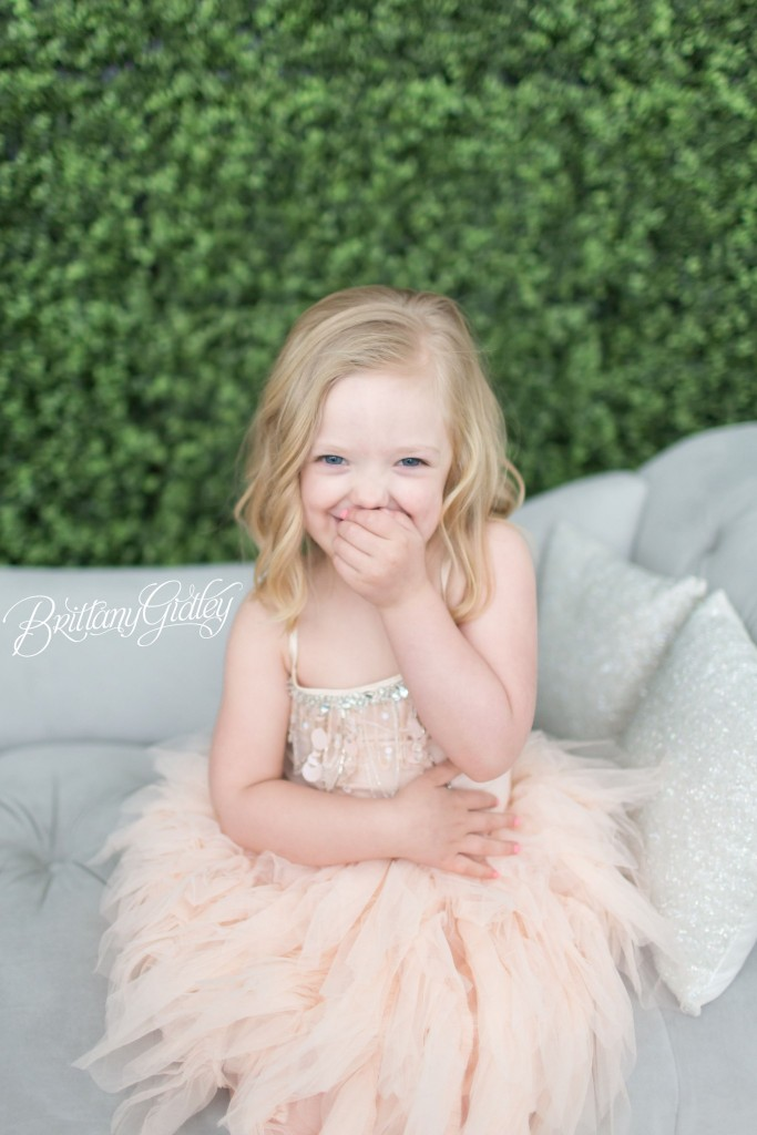 Dream Sessions | Whimsical Child Photography | Heatherlily | Fresh Floral | Props | Styled Session | Rainey's Closet | Tutu Du Monde | Studio | Inspiration | Cleveland Ohio | Best Photographer Cleveland | Boxwood