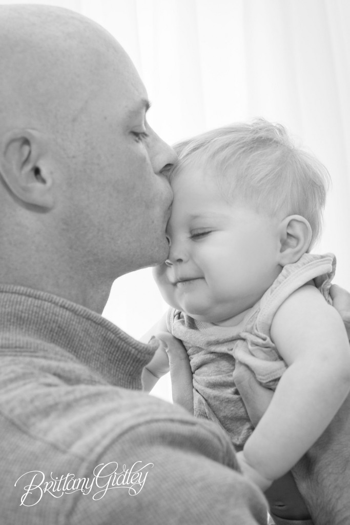 Baby Photographer | Family Photographer | Start With The Best | Brittany Gidley Photography LLC | Father | Boys