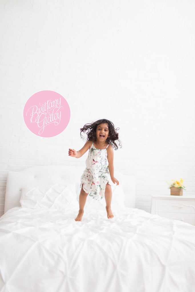 Toddler Photography | Cleveland Ohio | Toddler Session | Family Photography | Inspiration | Natural Light Studio | Start With The Best | Brittany Gidley Photography LLC | Posing