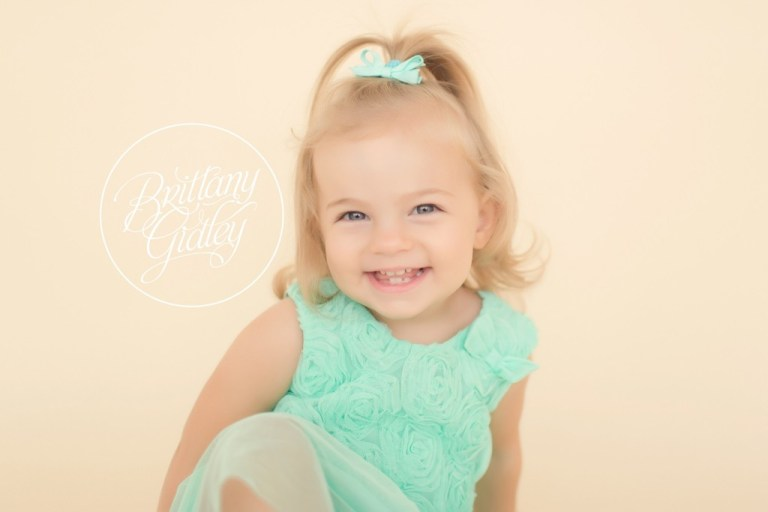 Big Sister | Brittany Gidley Photography LLC | Start With The Best