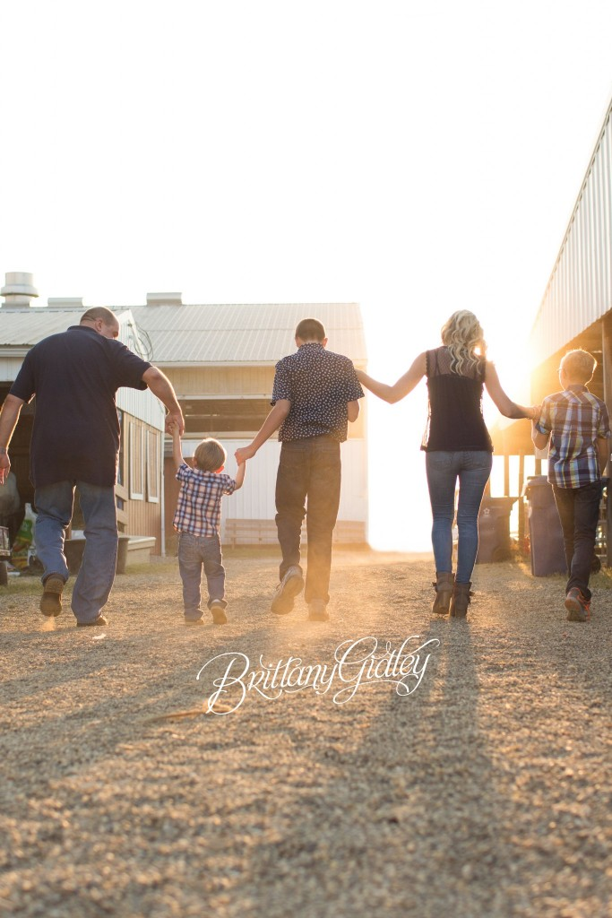 Fair Photo Shoot | Carnival | Fair | Photography at County Fair | Family Pictures