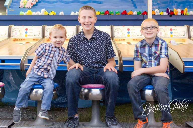 Carnival Games | Photo Shoot | Carnival | Fair | Photography at County Fair | Family Pictures