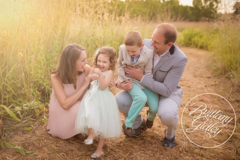 Whimsical Child Photographer | Family Picture Inspiration | Tutu Du Monde | Cleveland, Ohio | Brittany Gidley Photography LLC
