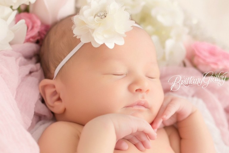 Cleveland Newborn Photography | Newborn Photography | Cleveland, Ohio | Start With The Best | Brittany Gidley Photography LLC
