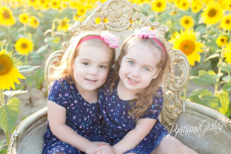 Photo Shoot | Sunflower Field | Butterflies | Cleveland, Ohio | Avon, Ohio | Photographer | Family
