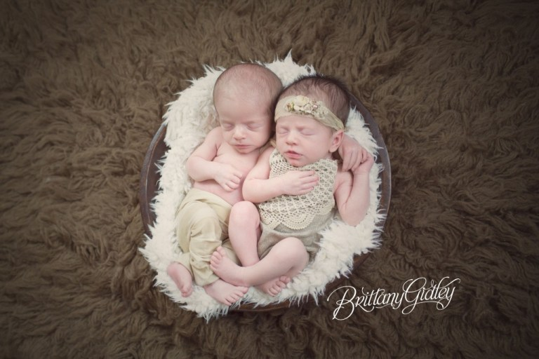 Newborn Twins | Twins | Family Photography | Brittany Gidley Photography LLC | Cleveland, Ohio | Photo Shoot | Newborn Photographer