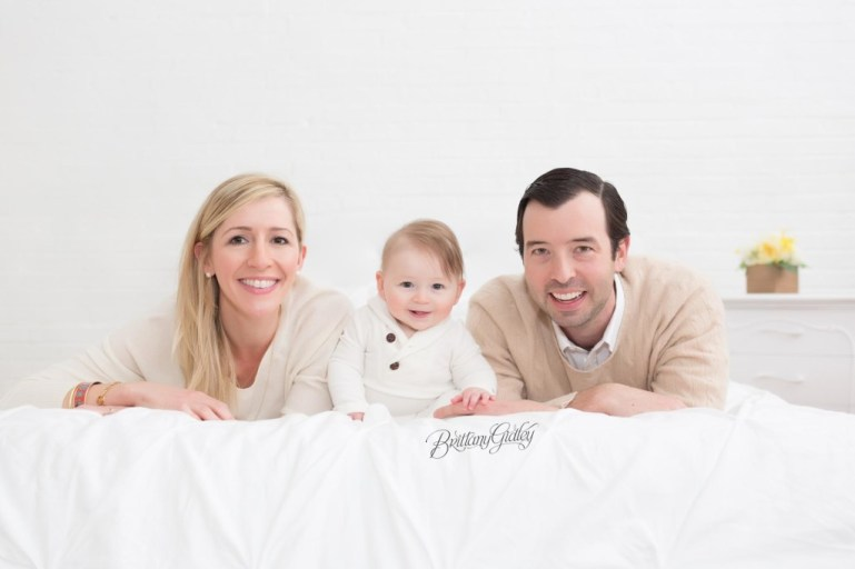 Best Family Photographer | 6 Month Old | 6 Month baby Photo Shoot | Classic Baby Photography | Cleveland's Best Photographer
