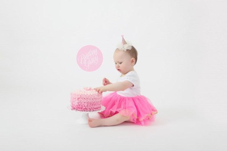 Baby Portraits | Cleveland Ohio | Cleveland Ohio Baby Photographer | Cake Smash
