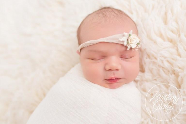 Newborn Photographer | Newborn Baby Girl | www.brittanygidleyphotography.com