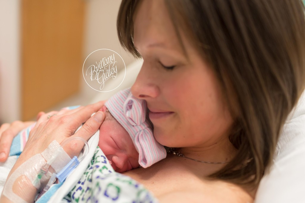 Cleveland Birth Photographer | Introducing Emery