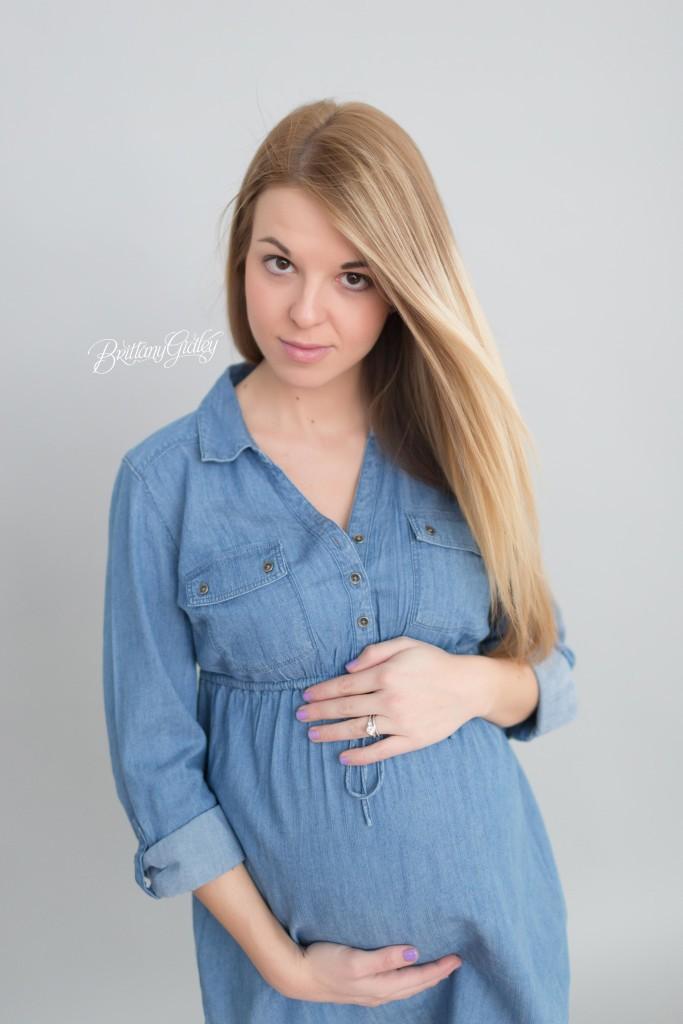 Cleveland Maternity Photographer | Maternity Cleveland Ohio | Pregnancy | Joy | Gorgeous Maternity Inspiration