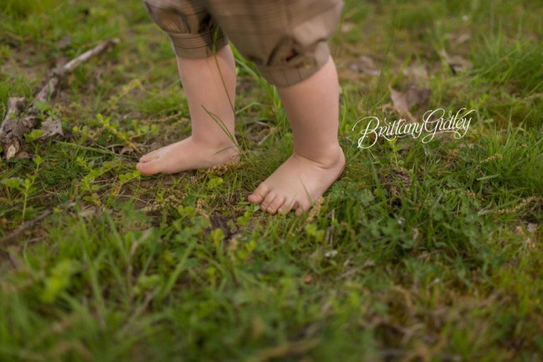 Cleveland Toddler Photographer | Memorial Day | Grandpa & Me | Military Dog Tags | Photography