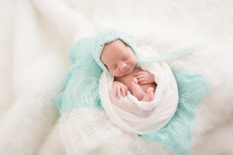 Cleveland Photographer | Cleveland Newborn Photography | Start With The Best | Cleveland Ohio | Pink Newborn Services