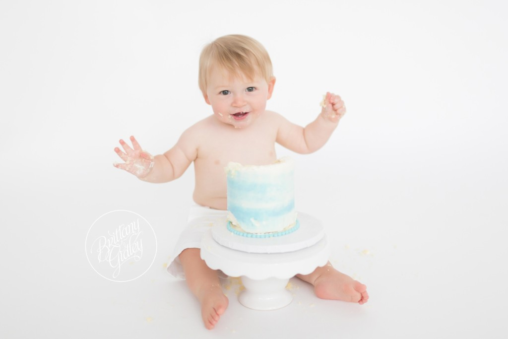Cake Smash Photographer | Henry 12 Months