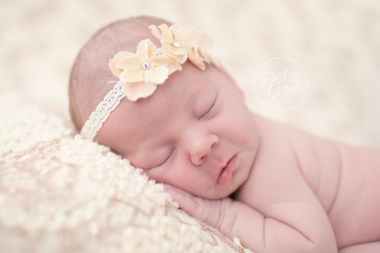 Introducing Genivieve | Newborn Family Photo Shoot