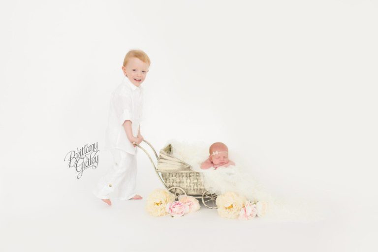 Vintage | Pram | Newborn Photography | Newborn Photographer | Siblings | Props | Start With The Best | Brittany Gidley Photography LLC