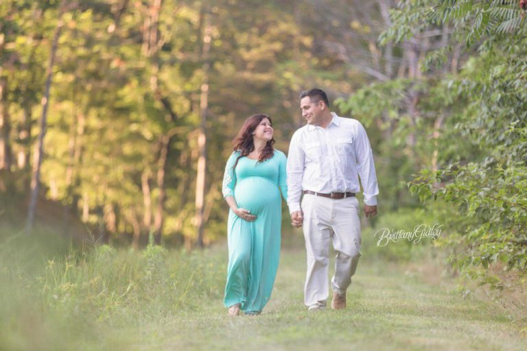 Strongsville Maternity Photographer | Maternity Photography | Strongsville Ohio | Brittany Gidley Photography LLC