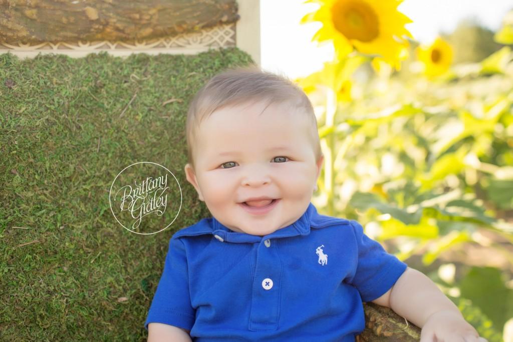 6 Month Baby Photographer | Sunflower Field