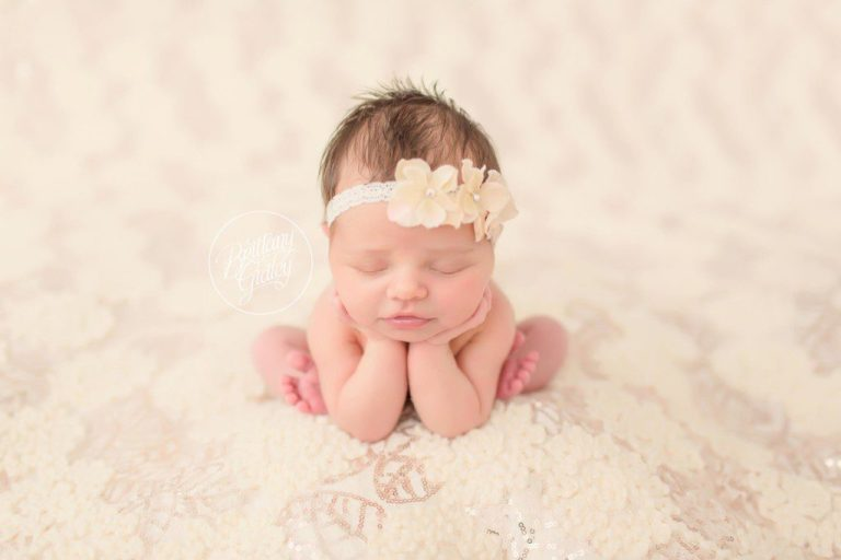 Dream Session | Newborn Photographer | Newborn Photography | Dream Photographer | Froggy Pose | Brittany Gidley Photography LLC