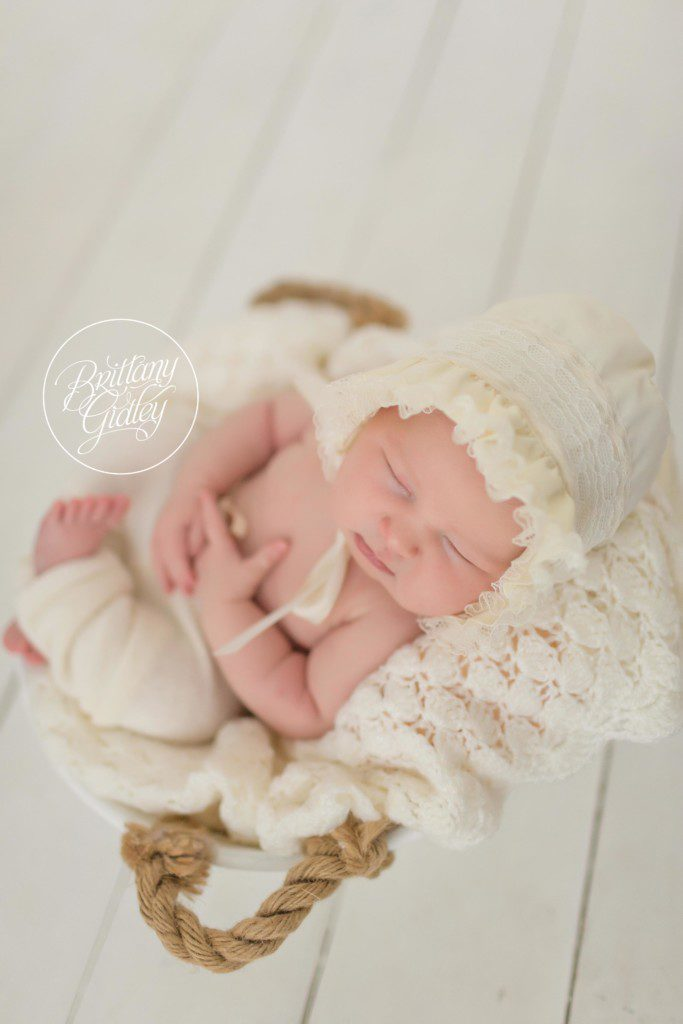 Newborn Pictures | Start With The Best | Brittany Gidley Photography LLC | Cleveland Ohio