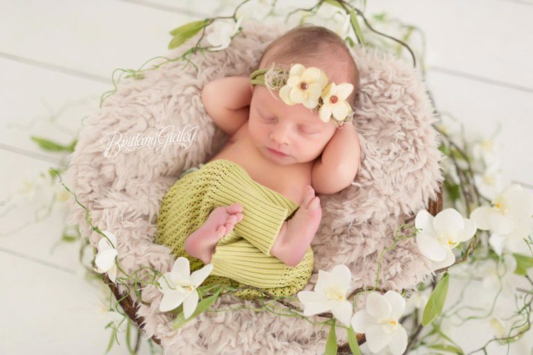 Newborn and Family Photography | Start With The Best | Cleveland, Ohio | Newborn Portrait Studio | Family Portraits