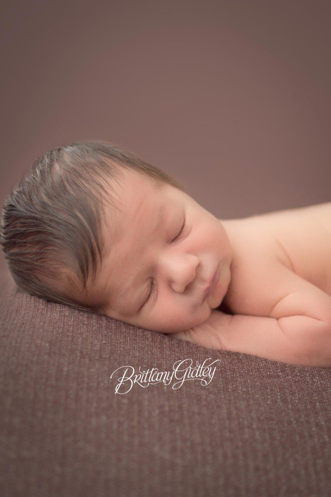 Cleveland Newborn Photographer | Cleveland, Ohio | Start With The Best | Brittany Gidley Photography LLC