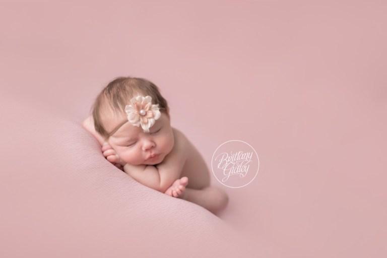 Newborn Posing | Best Newborn Photos | Start With The Best | Brittany Gidley Photography LLC