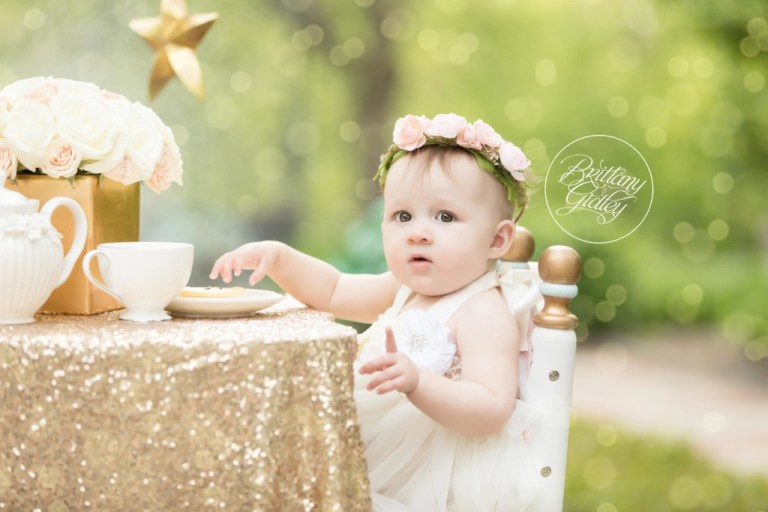 Twinkle Twinkle Little Star Dream Session | Twinkle Twinkle Birthday Party | Little Star | 12 Month Baby | Whimsical Baby Photography | Dream Session | Start With The Best | www.brittanygidley.com