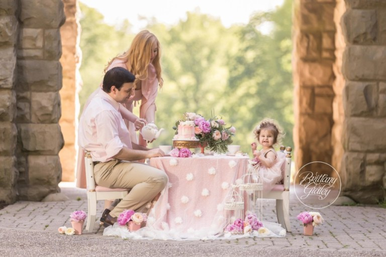 Tea Party Dream Session Princess | Photo Shoot | Dream Session | Brittany Gidley Photography | Squires Castle Ohio