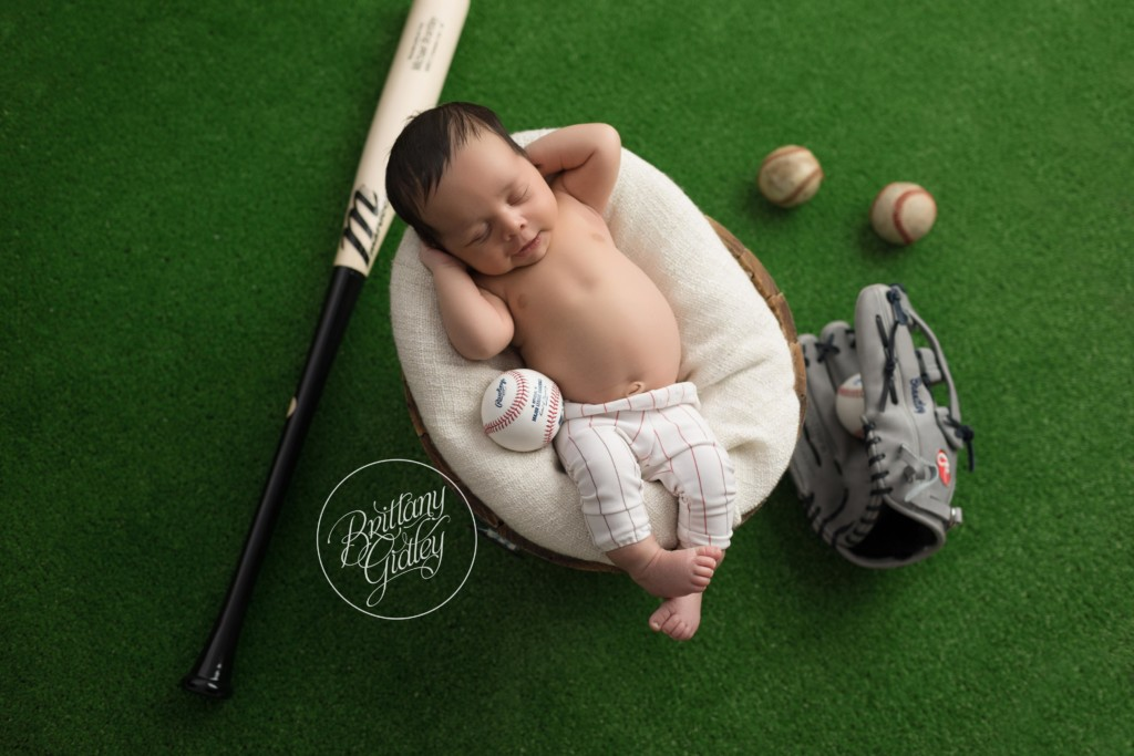 Celebrity Newborn Photographer | Introducing Maxwell