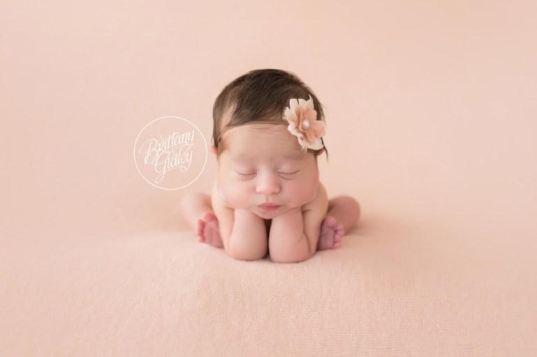 Gates Mills Newborn | Gates Mills Newborn | Newborn Portraits | Best Newborn Pictures