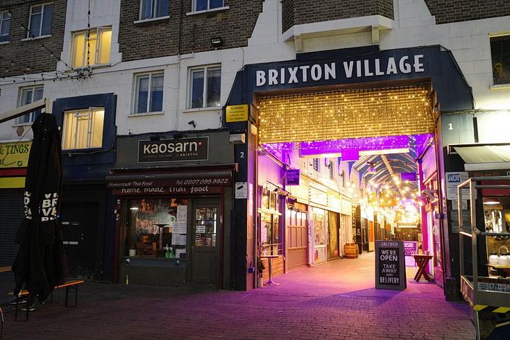 In photos: Christmas lights go up in Brixton Village, Nov 2020 – Brixton Buzz