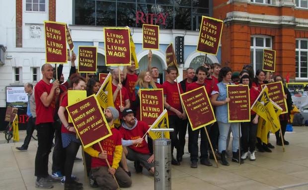 https://i0.wp.com/www.brixtonbuzz.com/images/ritzy-strike-april-2104-13.jpg