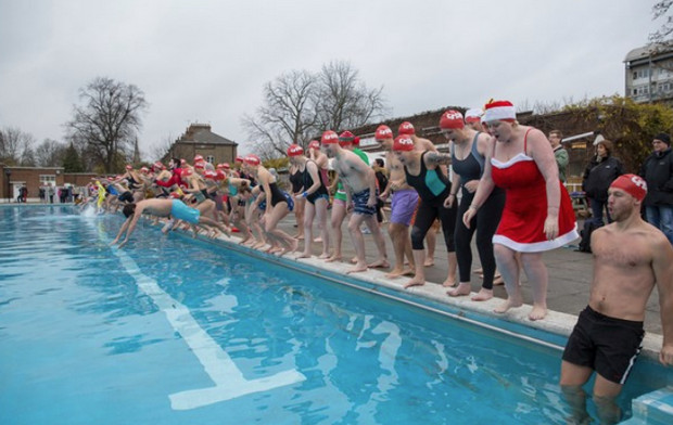 Crisis Midwinter Swim At Brockwell Lido Invites Swimmers