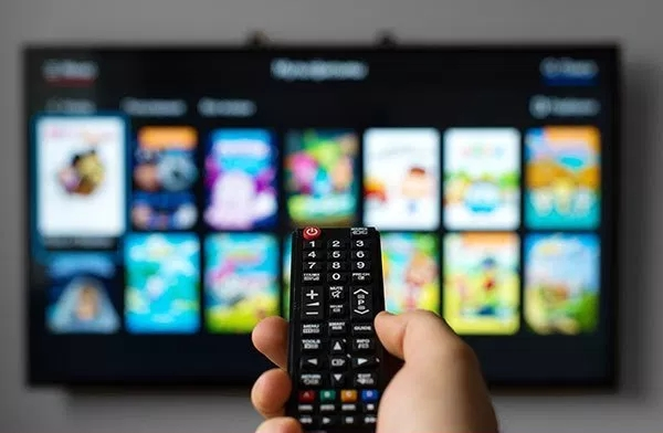 HbbTV-remote-control.jpg?resize=600%2C39