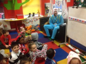 On our word hunt, we explored Mr Harwood's classroom to see if we could find any yellow words. Do you like Mr Harwood's onsie?