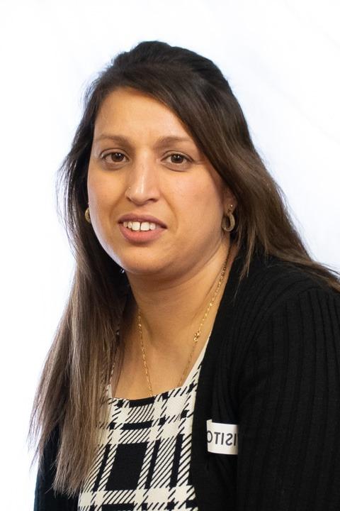 Mrs Khaliq<br>(3B Teacher)
