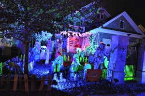 2015 - Halloween Decorating Contest 168