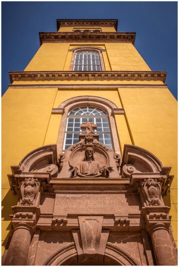 20|04|2015 – Kirchenportal in Augustusburg