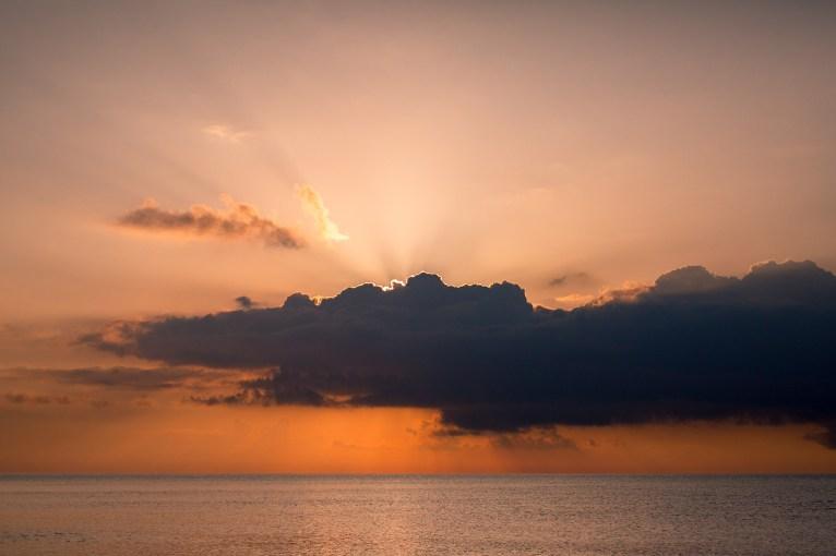 18 05 2018 – Sonnenaufgang über dem Golf von Orosei