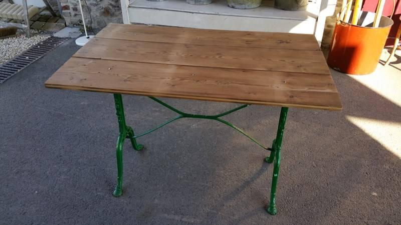 table de bistrot pied en fer forge